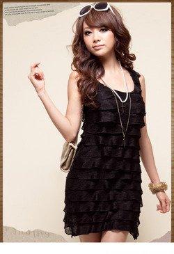 Czarna sukienka z falbankami Japan Style S2775